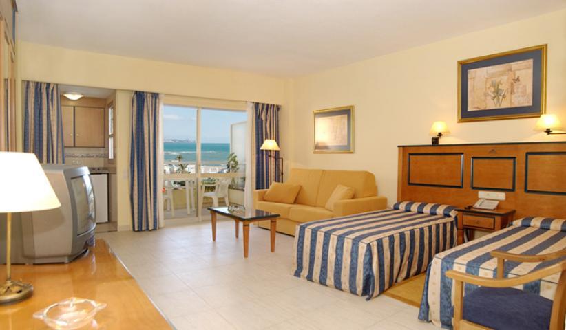 Hotel Apartamentos Pyr Fuengirola - Hoteles en Fuengirola y Mijas.