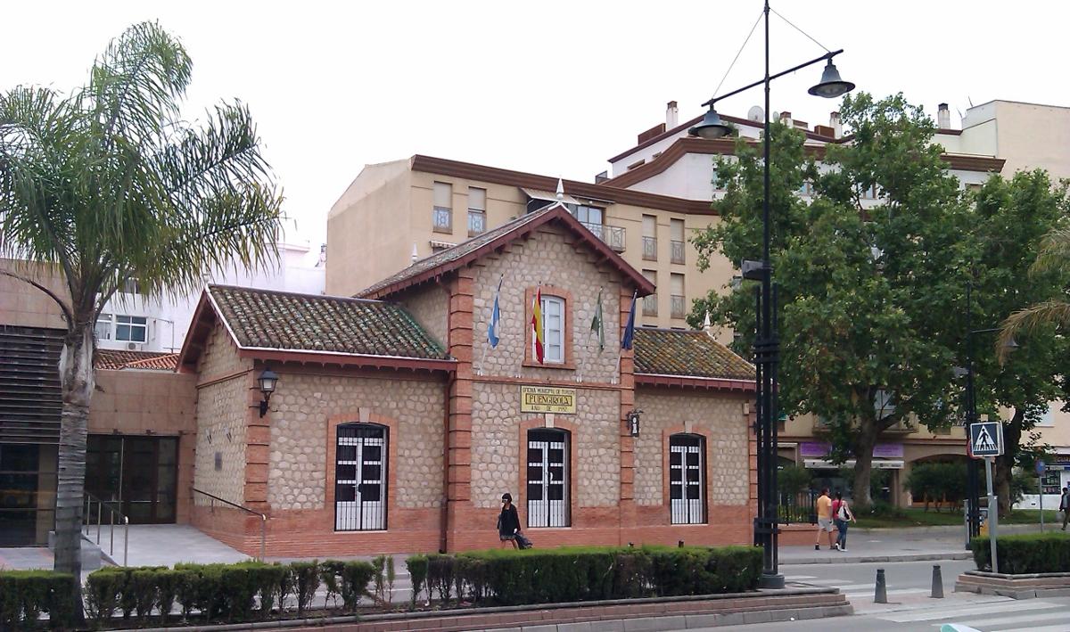 Oficina de turismo en fuengirola town hall for Oficina turismo malaga