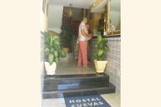 Fotos de HOSTAL CUEVAS **