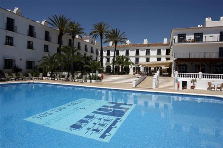 Hotel hacienda puerta del sol en mijas hotels for Hotel puerta de sol