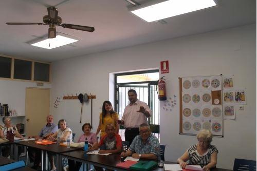 Energía y Eficiencia invierte unos 3.000 € en mejorar la iluminación en el Hogar del Jubilado situado en Las Lagunas